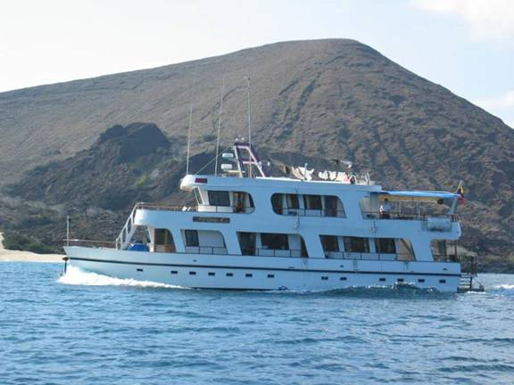 Angelito Yacht Galapagos Tours