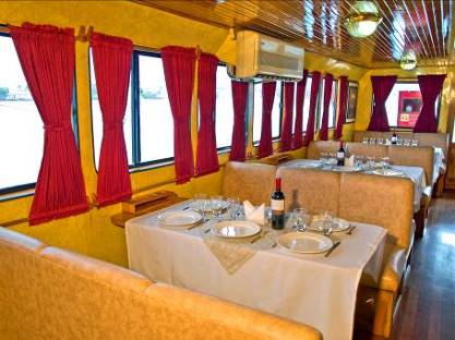 Xavier yacht first class, Galapagos